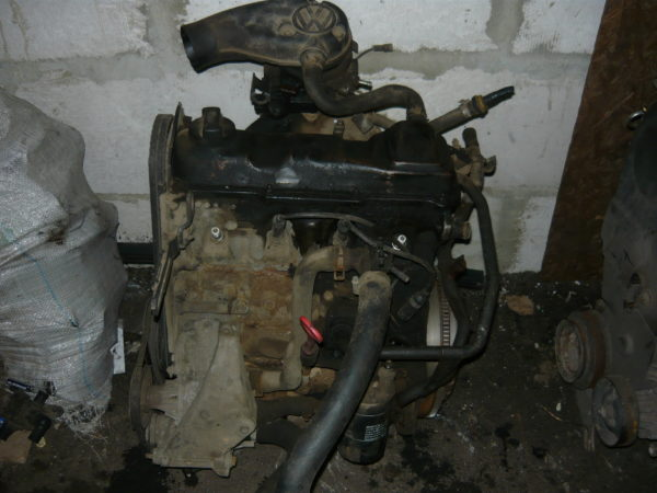 Двигатель PassatB3 1,8 ABS