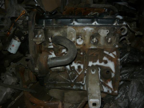 Двигатель Audi100 44кузов 2,3л