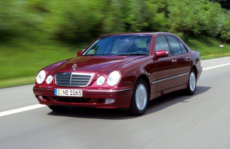 Mercedes-Benz на запчасти. Авто на разборку